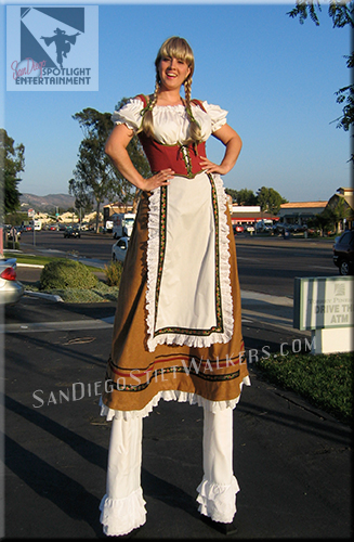 stilt walkers octoberfest